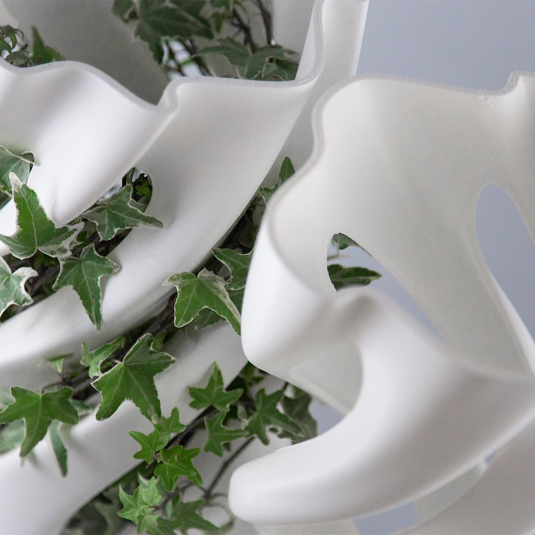 Abbracciame, 3D printed vase, by Adriano Alfaro and David Bitton, top view