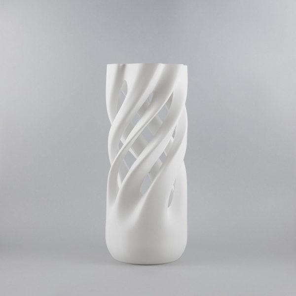 Abbracciame 3D printed vase in white